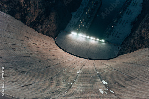 Fototapeta Night view of the famous Hoover Dam at Nevada