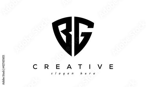 Fotografia BG letter creative logo with shield
