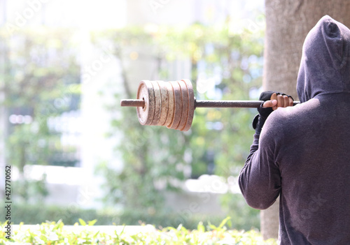 Rear View Of Man Exercising With Barbell Fototapete