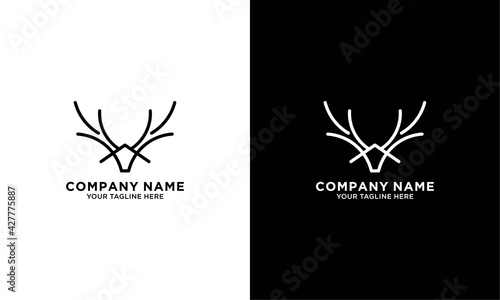Lerretsbilde Deer antler logo and icon design vector.