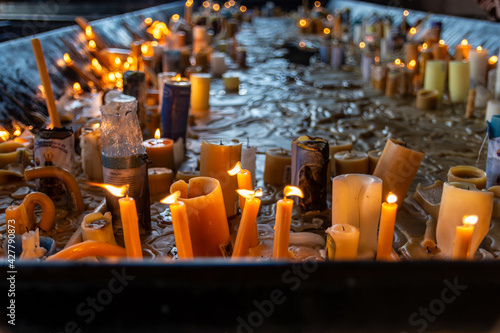 Tablou Canvas Lit Candles In Temple