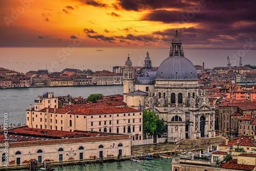Fotografiet Sunset In Venice