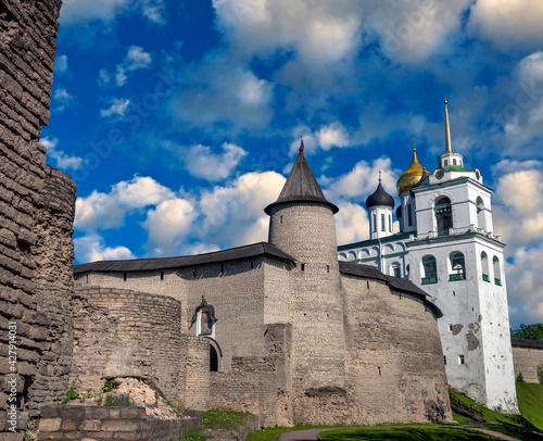 Fototapeta View to the Kremlin in Pskov, Russia