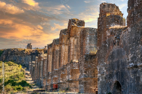 Fotografie, Obraz Aspendos Aqueduct