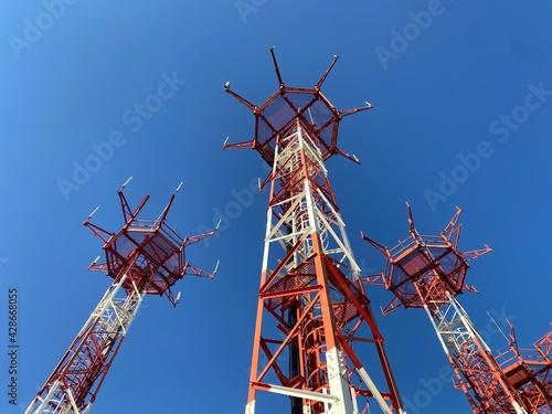 Canvas Torre de antenas para radiocomunicaciones de navegación aérea