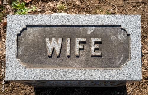 Fotografia, Obraz Close up of Wife cemetery grave stone