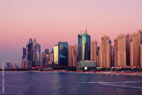 Tablou Canvas Dubai embankment at sunset