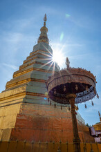 Beautiful Golden Pagoda At Wat Phra That Cho Hae Is A Sacred Ancient Temple In Phrae, Thailand. Publie Domain.