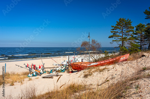 Fototapeta Beautiful beach of the Baltic Sea in Krynica Morska, Poland obraz