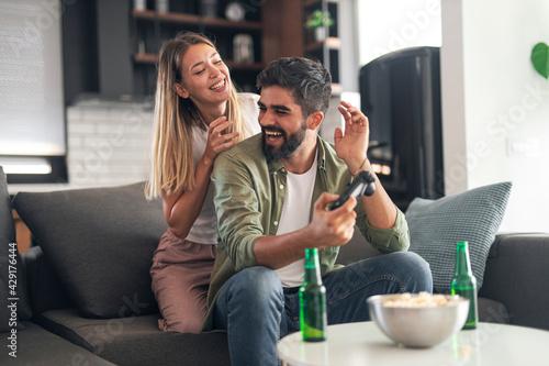 Obraz na plátne Happy couple goofing around