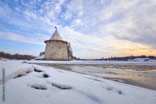 Billede på lærred Ancient Pskov in winter