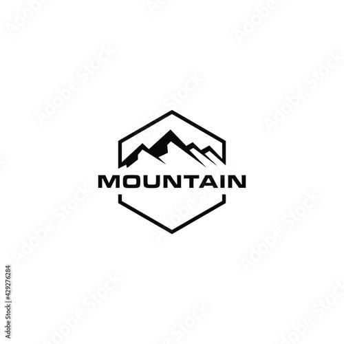 Canvas Print mountain logo design vector
