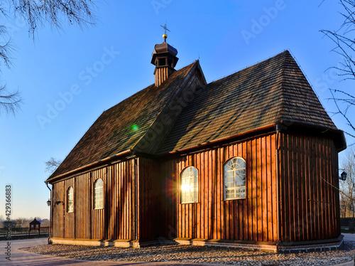 Drewniany kościół pw. św. Michała Archanioła w Szczurach,  Wielkopolska - fototapety na wymiar