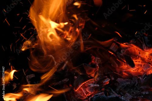 Photo Gros plan sur un feu avec des flammes
