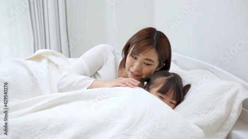 Fotografia, Obraz 子供を寝かしつけるお母さん