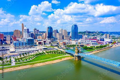 Aerial view of Cincinnati skyline Ohio USA  - fototapety na wymiar