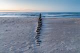 Fototapeta Fototapety z morzem do Twojej sypialni - Zachód słońca nad morzem bałtyckim w Trzęsaczu, Polska, Trzesacz