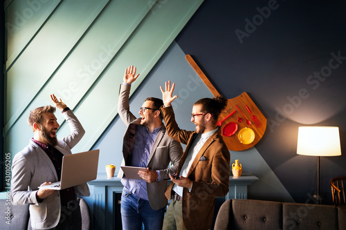 Business people, programmers cooperating at IT company developing apps Fotobehang