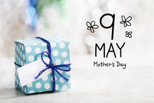 9 May Mothers Day Message With Gift Box