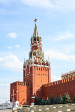 Spasskaya Tower, Kremlin, Red Square, Moscow, Russia