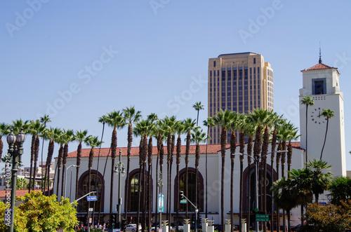 Obraz na plátně Famous Los Angeles sightseeing city skyline landmark Union train station in Art