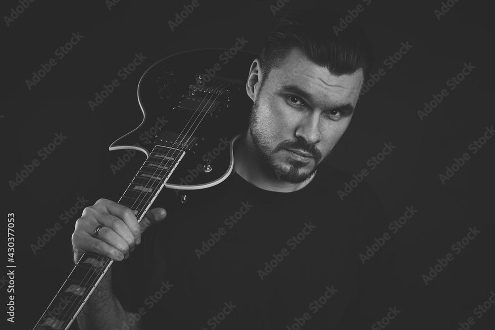 Fototapeta Portret gitarzysty. Gitara. Gitara elektryczna