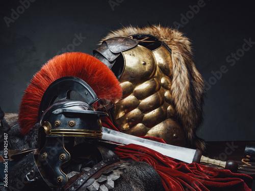 Valokuva Close up shot of military roman armor and helmet