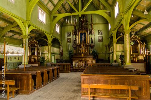 Iwonicz zdrój kościół św Idziego - fototapety na wymiar