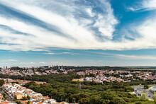 Bairro Vila Costa E Silva Em Campinas Sp Próximo Ao Tapetão, Vista De Drone Com Nuvens No Céu