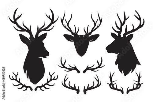 Foto Set of silhouettes of deer and deer antlers, Deer Head icon, Deer antlers black
