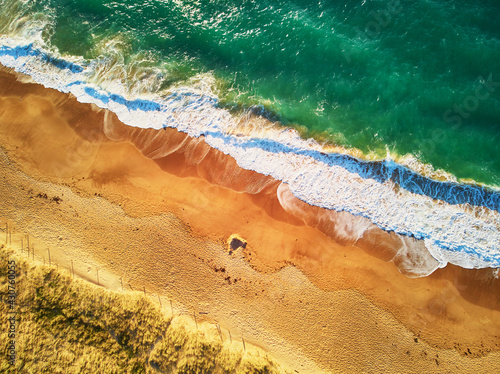 Tela Aerial drone view of Atlantic ocean shore line in Brittany, France