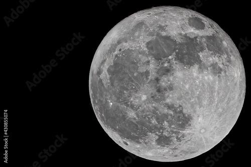 Obraz na plátně close up of full moon