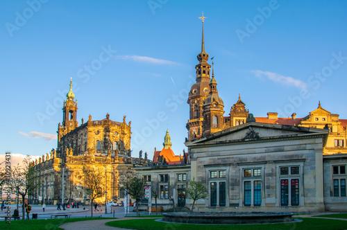 Fototapeta Dresden-Hofkirche und Schloss