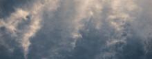 Paisaje De Cielo Azul Con Nubes Blancas