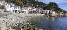 Playa De Piedras De S'Alguer Con Sus Casetas De Pescadores