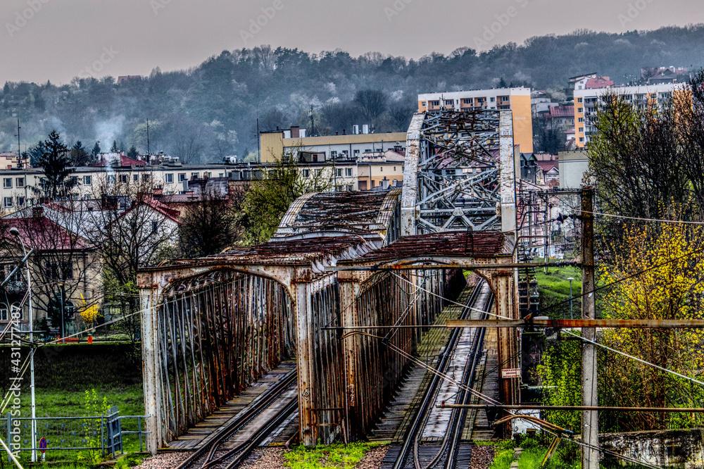 Fototapeta Krajobraz miejski - most kolejowy