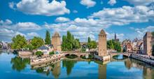 Straßburg Mittelalterliche Brücke Ponts Couverts Und Barrage Vauban, Elsass, Frankreich
