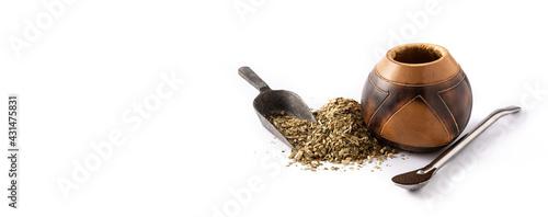 Photo Yerba mate tea isolated on white background