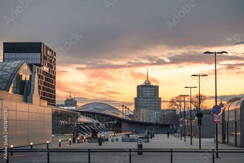 Fotografia, Obraz Nowe Centrum Łodzi w czasie zachodu słońca, kwiecień