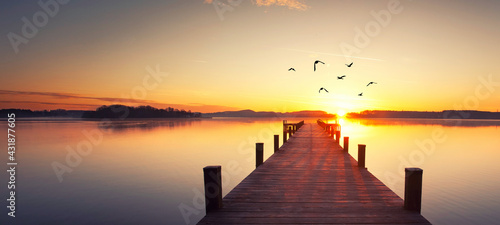 Sonnenaufgang am See - fototapety na wymiar