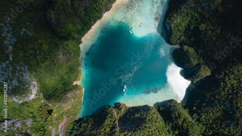 Fényképezés Top view of Pileh island in area of Phi phi leh