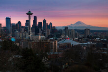 The City Skyline Of Seattle, Washington From Kerry Park - Queen Anne - Seattle, Washington