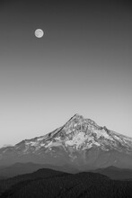 The Super Moon Rises Over Mt. Hood In 2014