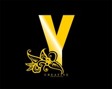 The Initial Letter Y Is In The Form Of A Logo Decorated With A Batik Pattern. Beautiful, Luxurious. Gold Monogram Logo Ornament. Batik Fonts