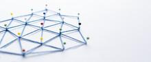 Netzwerk Aus Stecknadeln Mit Vielen Verbindungen
