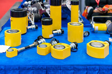 Various Size And Type Hydraulic Cylinder Jack And Accessories For Lifting Heavy Item Or Object In Industrial