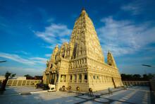 Watsuvarnabhumi The Interior Is Beautifully