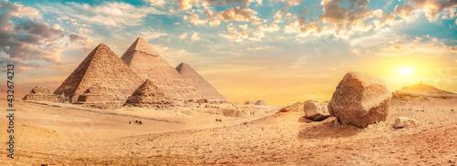 Fototapeta Pyramids in desert of Giza obraz