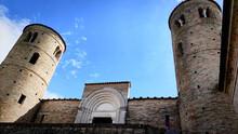 Abbazia Romanica Nella Valle Del Chienti Nelle Marche