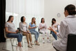 canvas print picture Group of pregnant women with doctor at courses for expectant mothers indoors
